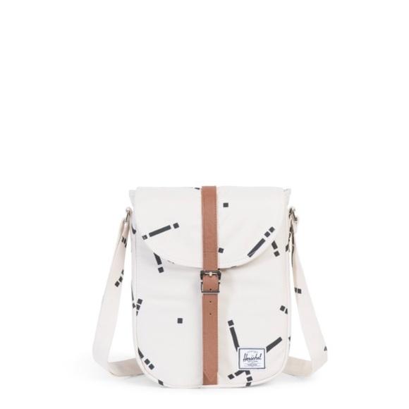 38a6e122f724 NWT Herschel Kingsgate Crossbody Bag Natural Code